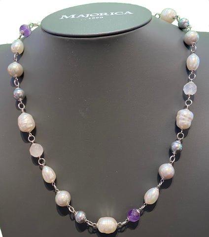 White Pearl Short Necklace
