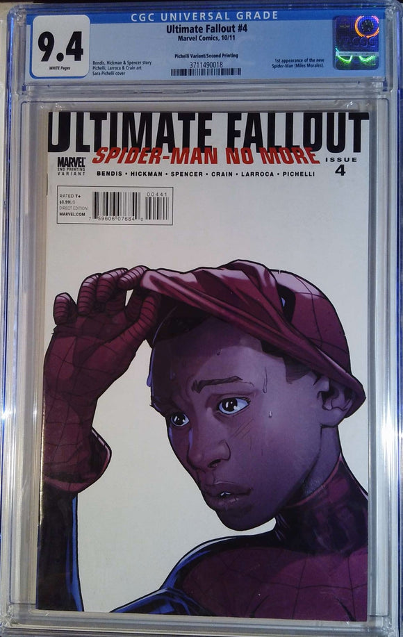 ULTIMATE FALLOUT #4 2ND PTG PICHELLI VAR CGC 9.4