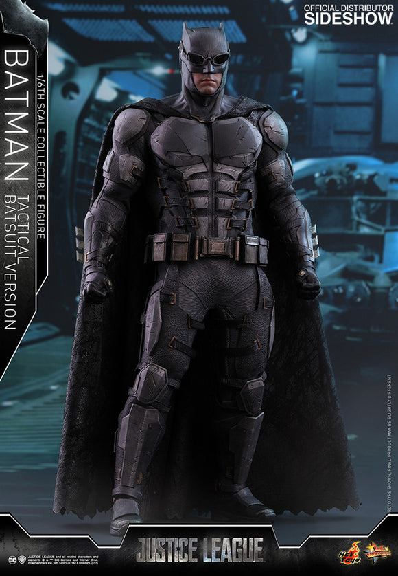 HOT TOYS JUSTICE LEAGUE - BATMAN TACTICAL VERSION 12 IN FIGURE