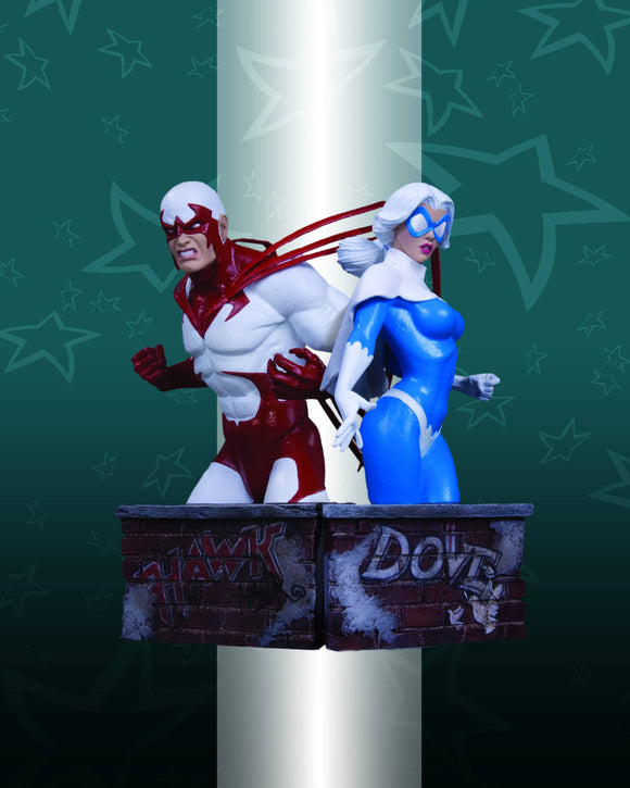 HEROES OF THE DCU HAWK BUST