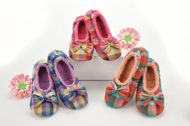 Snoozies bright plaid slippers
