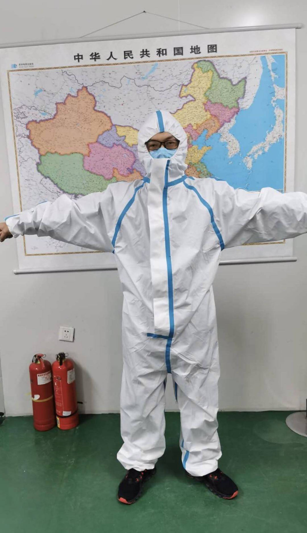 Sterile Type 4 Coveralls - one size 185 cm - Care Home Shopping