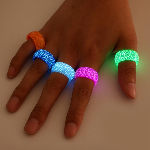 glow rings on hand