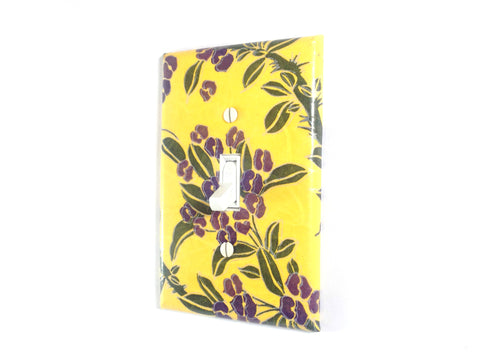 Yellow Flower Switch Plate - Single Toggle