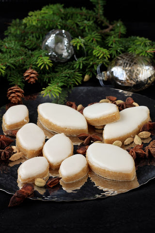 Calissons are also served at Christmas time in Provence