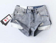 Load image into Gallery viewer, Hight Street High Waist Roll Up Cuff Shorts en
