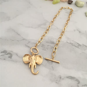 Lucky Elle Pendant Necklace