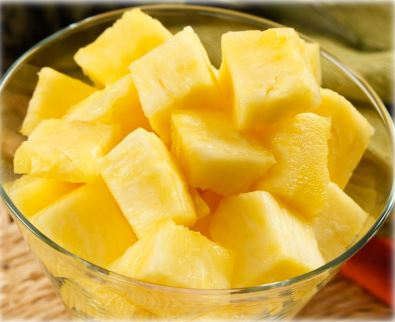 Snowcrest Individually Quick Frozen Pineapple Chunks 2.5 kg - 2 Pack [$7.60/kg]