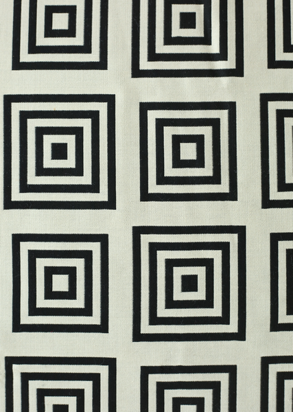 white/black concentric squares