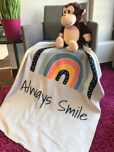 Wolimbo DUO Babydecke mit Namen Regenbogen Always Smile