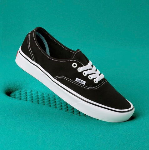 VANS COMFYCUSH AUTHENTIC  VN0A3WM7VNE black/true white