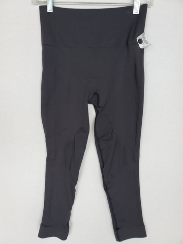Lulu Lemon Athletic Pants Size 3/4 (27)
