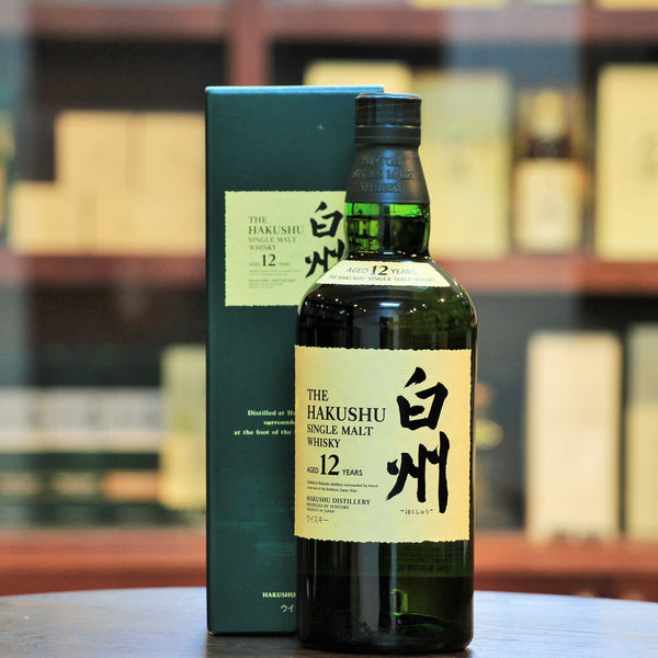 Hakushu 12 Years Single Malt Japanese Whisky (Discontinued), The lightly peated bottling from the Suntory stable, the aged 12 years Hakushu has been discontinued since 2018.