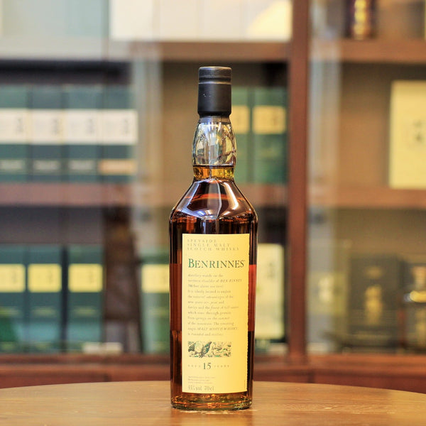 This Speyside single malt from Benrinnes distillery is partially triple distilled, matured for 15 years and specailly bottled for the Flora and Fauna Series.