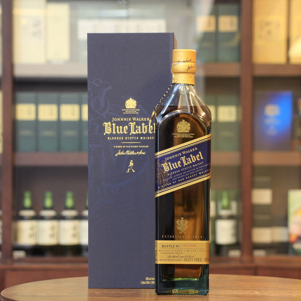 Johnnie Walker Blue Label Scotch Blended Whisky (1000ml)