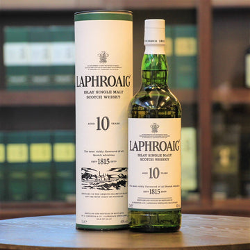 Laphroaig 10 Years Old Scotch Single Malt Whisky (700ml, 40%)