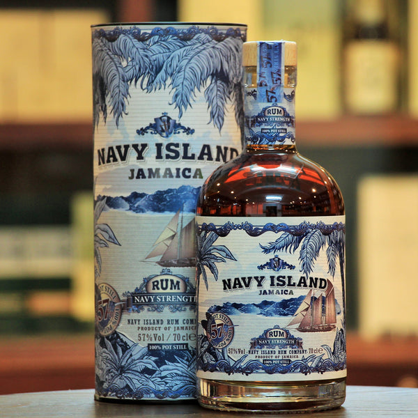 Navy Island Navy Strength Rum, A 100% pure Pot Still rum made from 11 carefully selected small batch distilled rums of various ages. IWSC Silver 2018, ISC Silver 2018 and 2019.