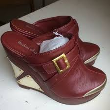 Michael Antonio wedge mule shoes Graphic Wine