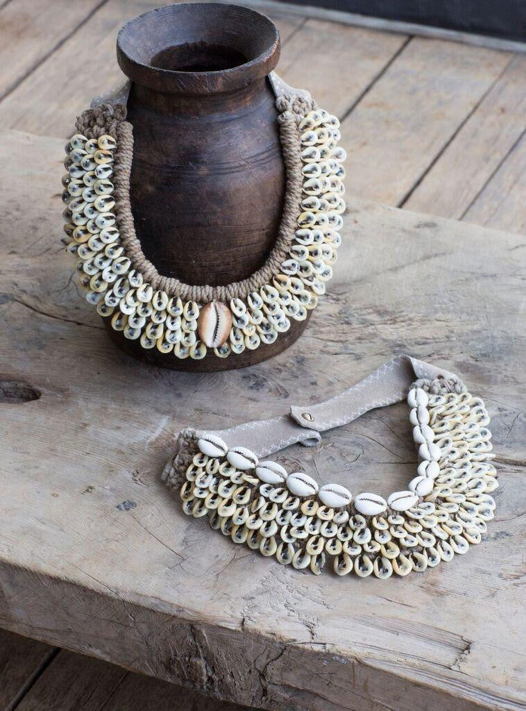 Cowrie Collar | Edition 4