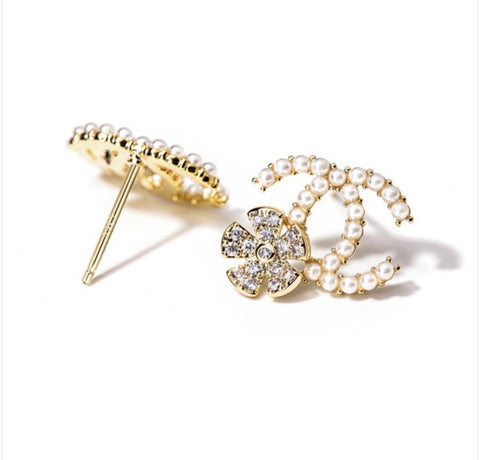 Pearl Luxe C Earrings