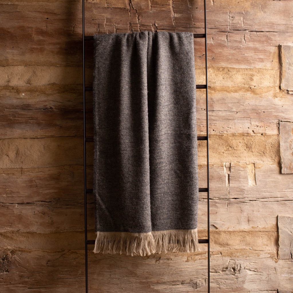 Winters Throw Natural & Dark Gray