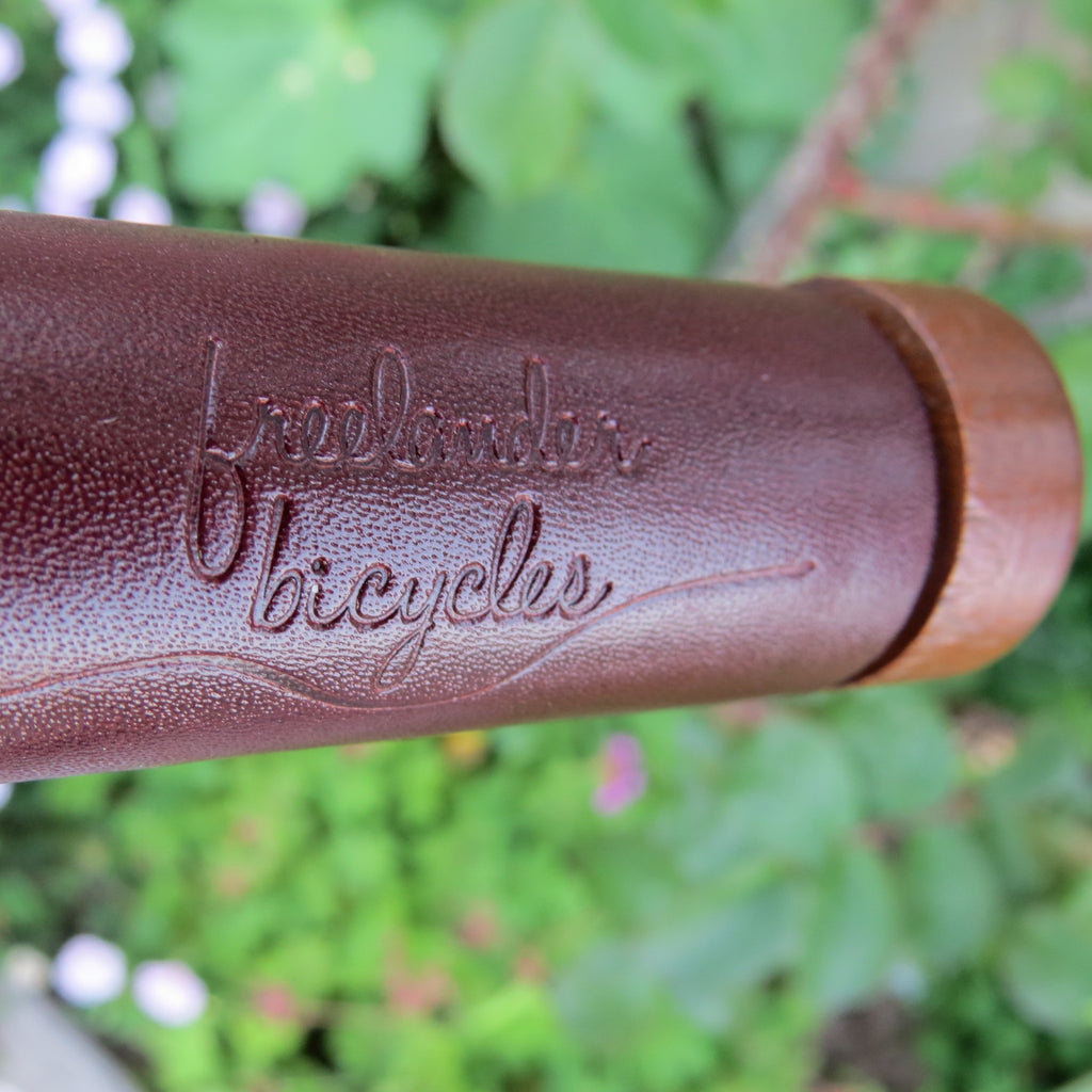 FreeLander Leather Handlebar Grips - Burgundy