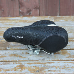 Cionlli Elegance comfort saddle in black/white