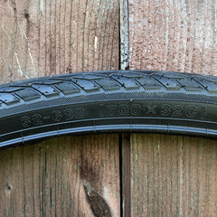 "CYT H-459 700c (32-622) ""Trekking"" Black Wall Tire"