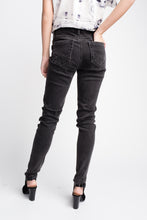 Load image into Gallery viewer, Cult of Individuality Zen Mid-rise Denim Black