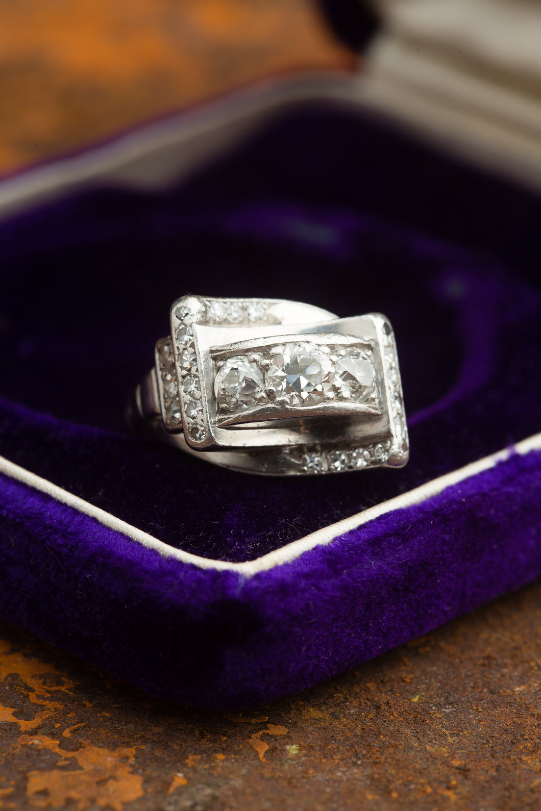 Vintage Deco Platinum Old Euro 3 across ring