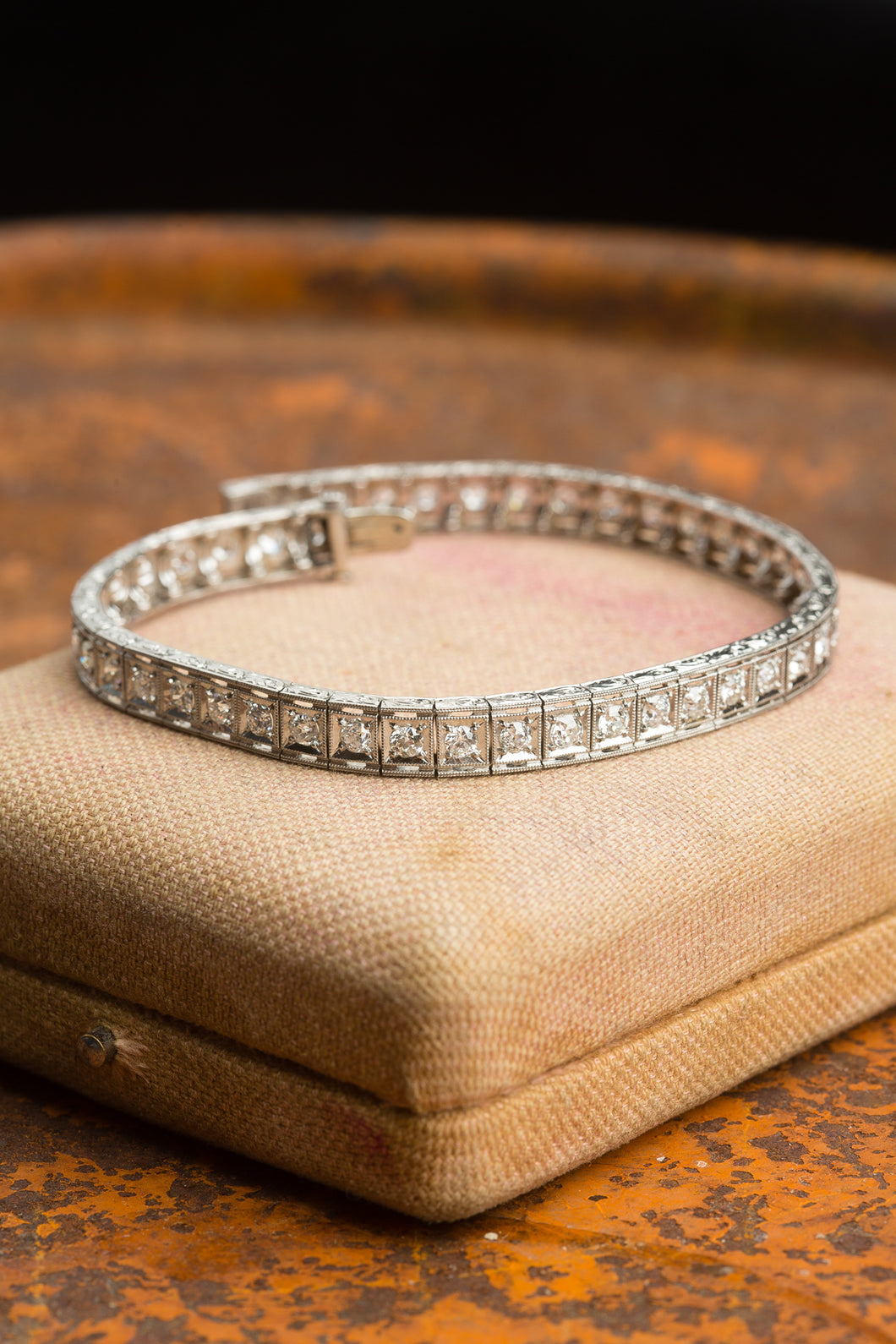 White Gold 5cttw Vintage Diamond Bracelet