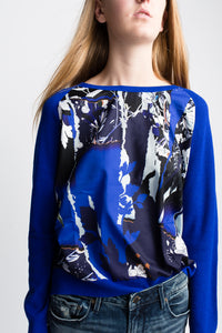 Yumi Cari-Top Graphic Silk front