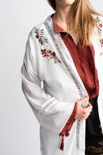 Load image into Gallery viewer, Willow & Clay White Fringe Kimono