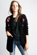 Load image into Gallery viewer, Yumi Black Cardi With Rose Detail