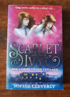 Cleverly, Sophie - Scarlet and Ivy Lights Under the Lake (Paperback)