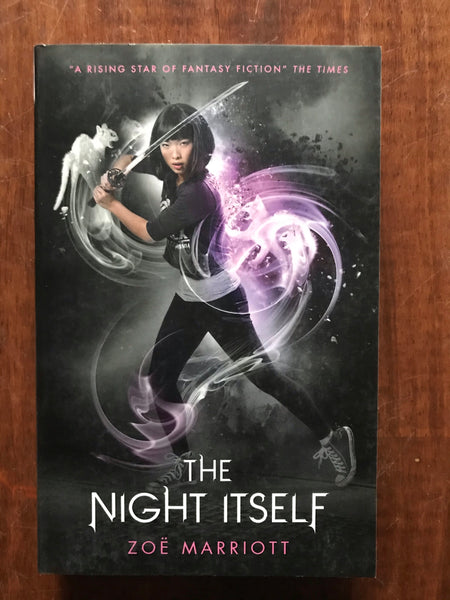 Marriott, Zoe - Name of the Blade 01 Night Itself (Paperback)