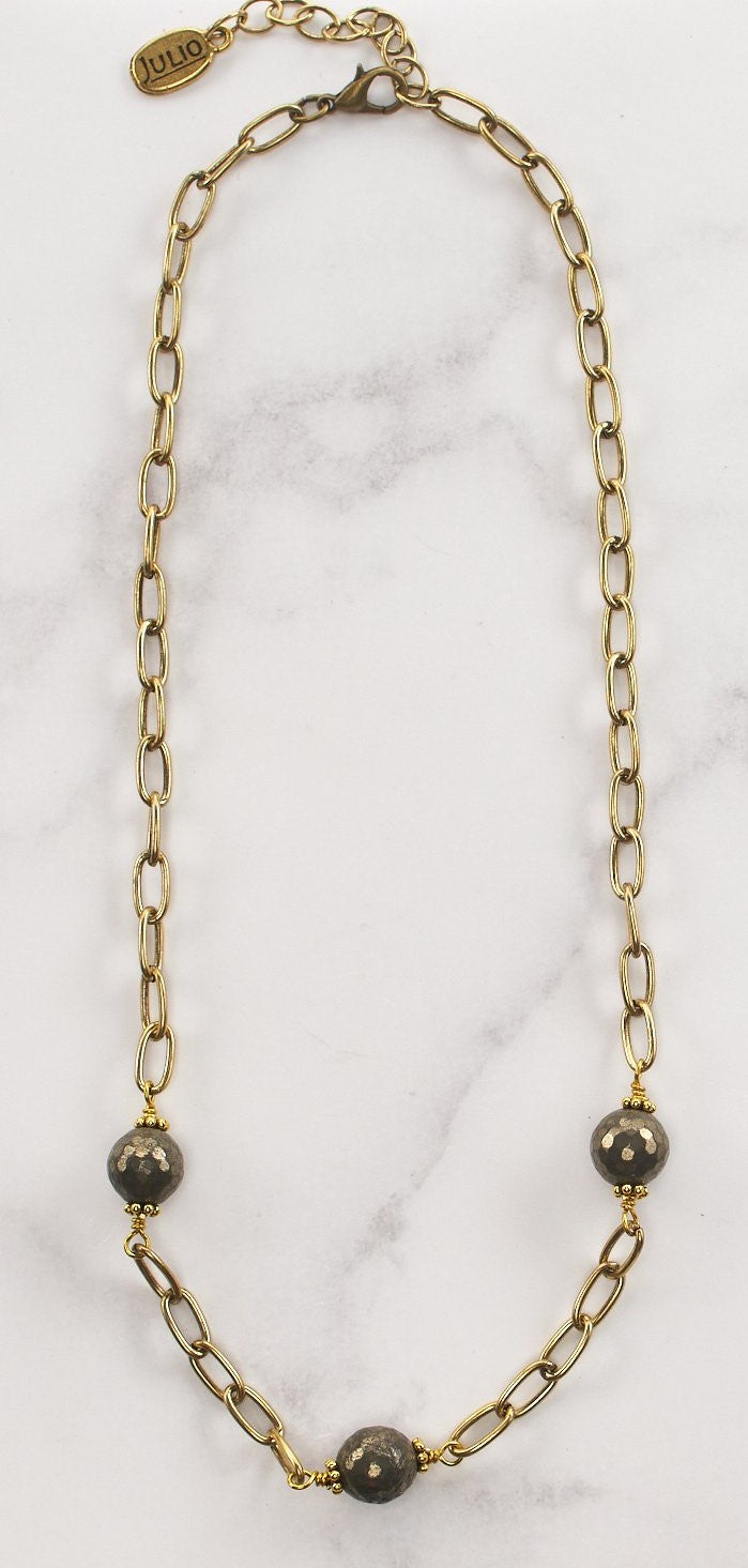 Hally Necklace