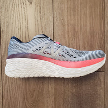 Load image into Gallery viewer, New Balance Women's Fresh Foam More - Light Cyclone/Reflection