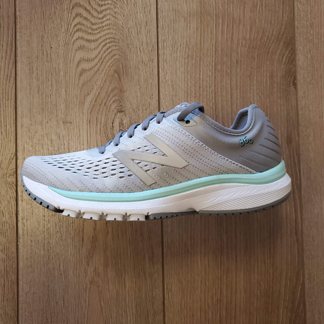 New Balance Women's 860 V10 - Steel with Light Aluminum & Light Reef