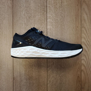 New Balance Men's Fresh Foam Vongo V4 - Black with Black Metallic