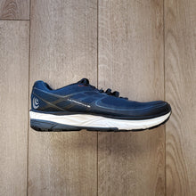 Load image into Gallery viewer, Topo Athletic Men's UltraFly 2 - Navy/Black