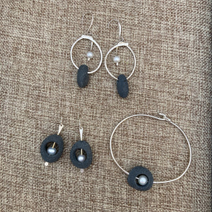 Pebble Earrings & Bracelet