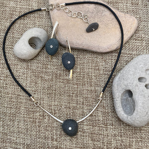 Pebble Pendant & Earrings