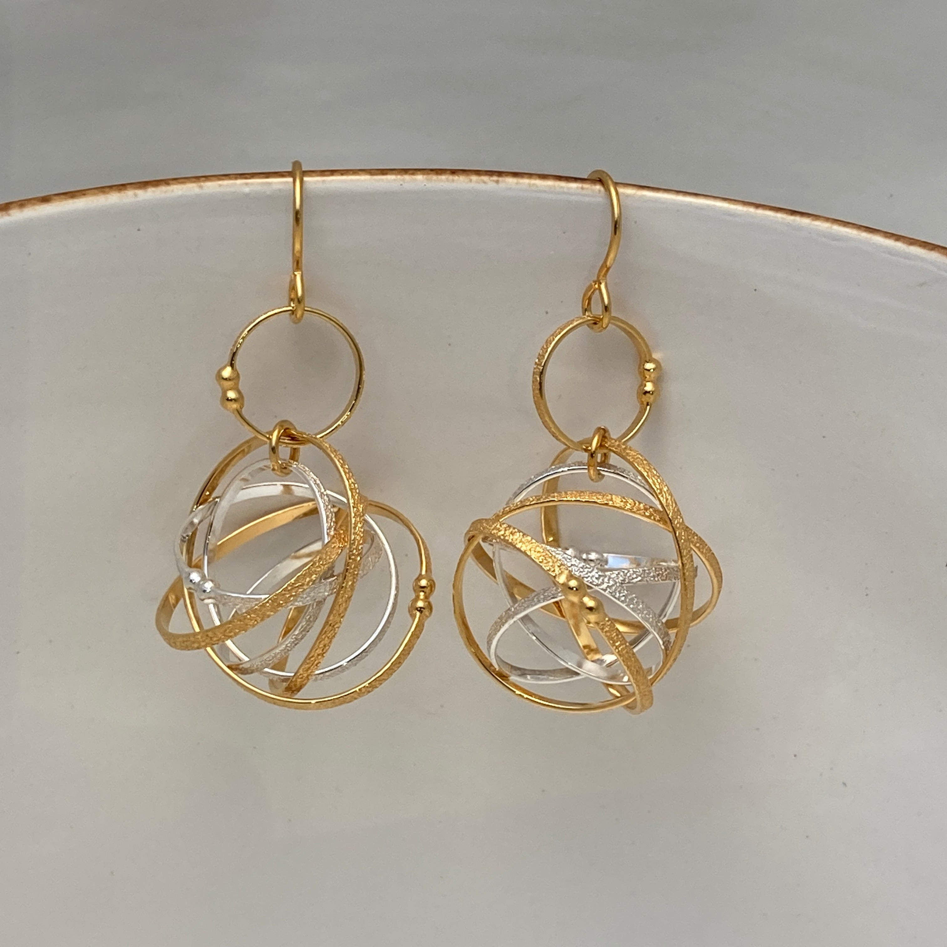 Mobius Necklace & Gold Vermeil Earrings
