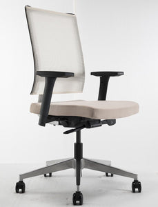 VAZR Chair