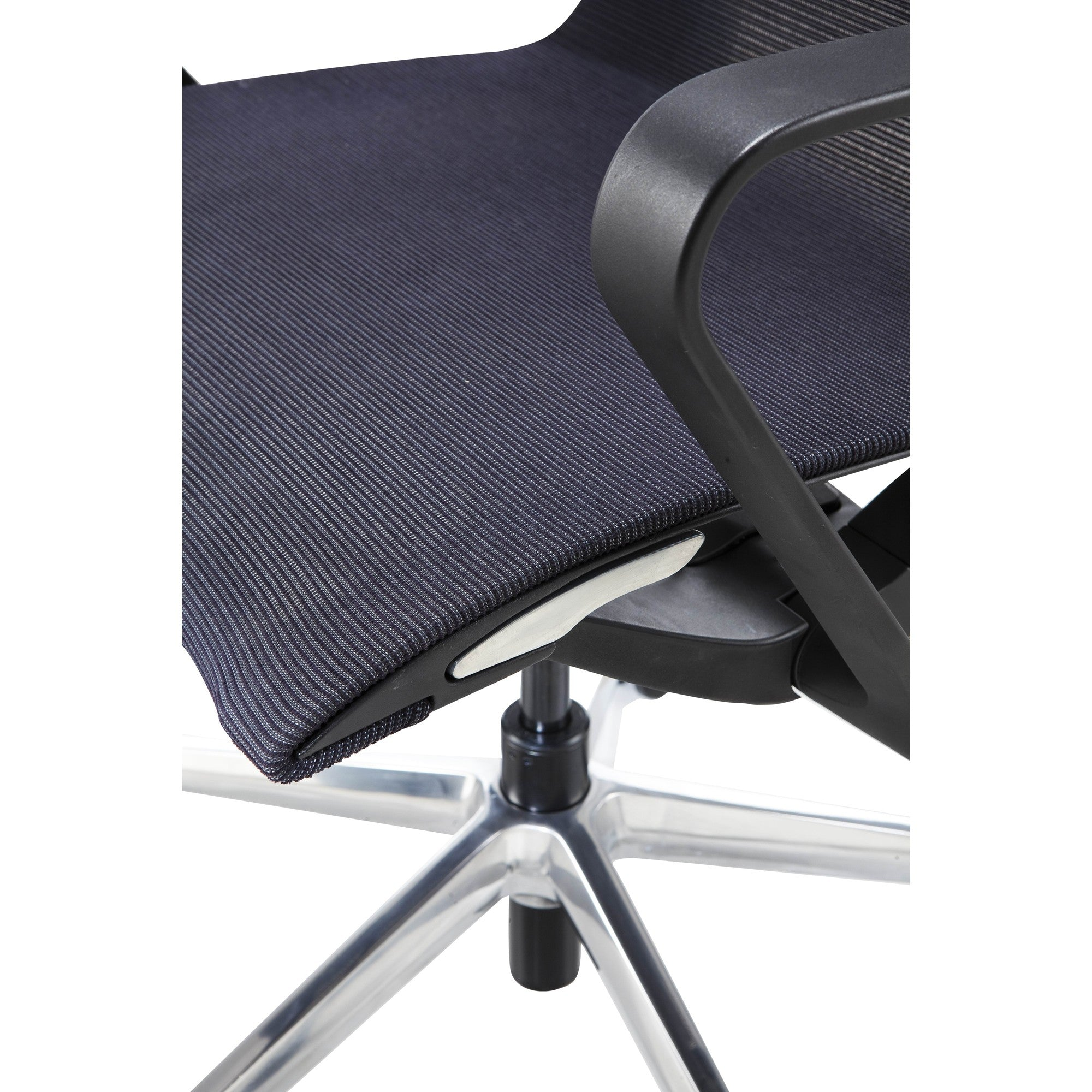 Vilo Chair- Mid