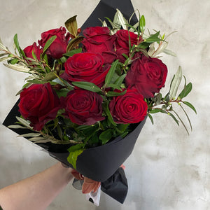 Red Roses Flower Bouquet