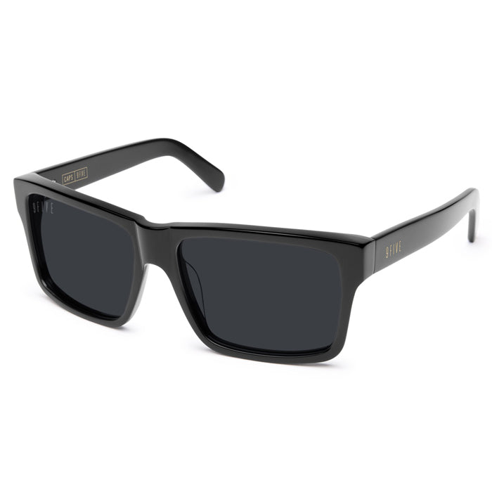 9Five Caps Black Sunglasses