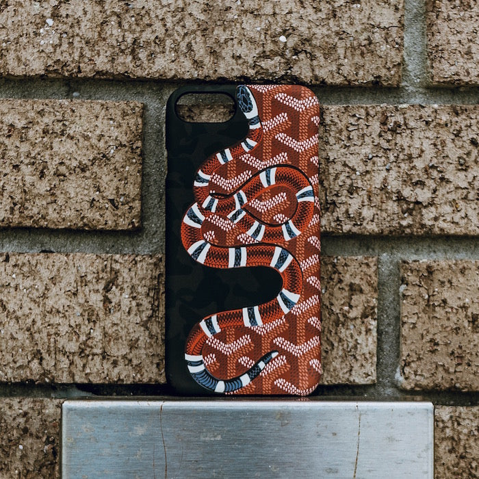 Case Chase Camo Yard Snakes iPhone Case