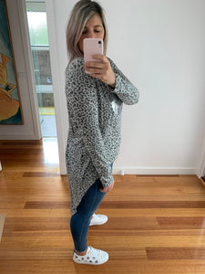 Mimi Sequin Top - Grey Leopard